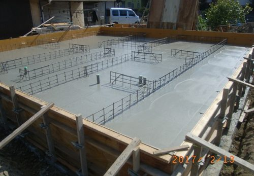 平屋住宅の基礎コンクリート打設